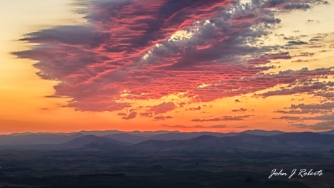 Sunrise from Steptoe Butte - Washington